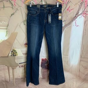 NEW Lucky Brand Sweet n Flare Blue Jeans
